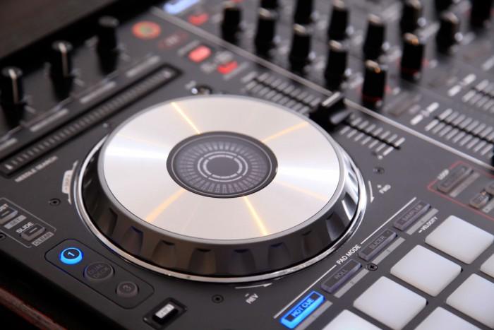 Digital Djing:Die besten Midi-Controller