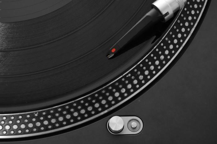 Die besten DJ-Plattenspieler im Test