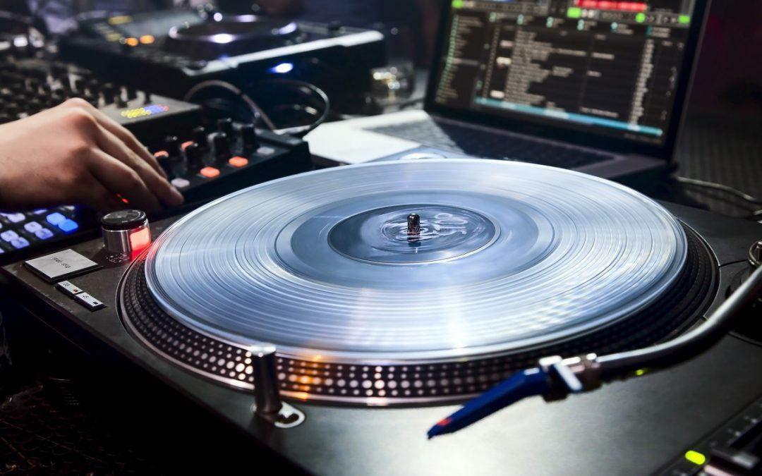 Digital DJing: die besten Audio Interfaces