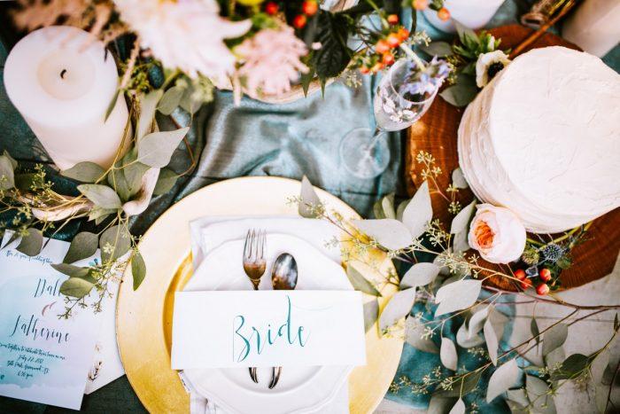 Eine Hochzeit und die Sitzordnung – wie ihr Traditionen beachtet und trotzdem euren eigenen Weg geht